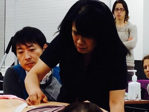 TALLER DE ACUPUNTURA JAPONESA CON KIIKO MATSUMOTO