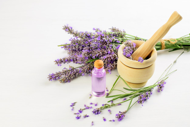 La aromaterapia y los aceites esenciales como fuente de bienestar