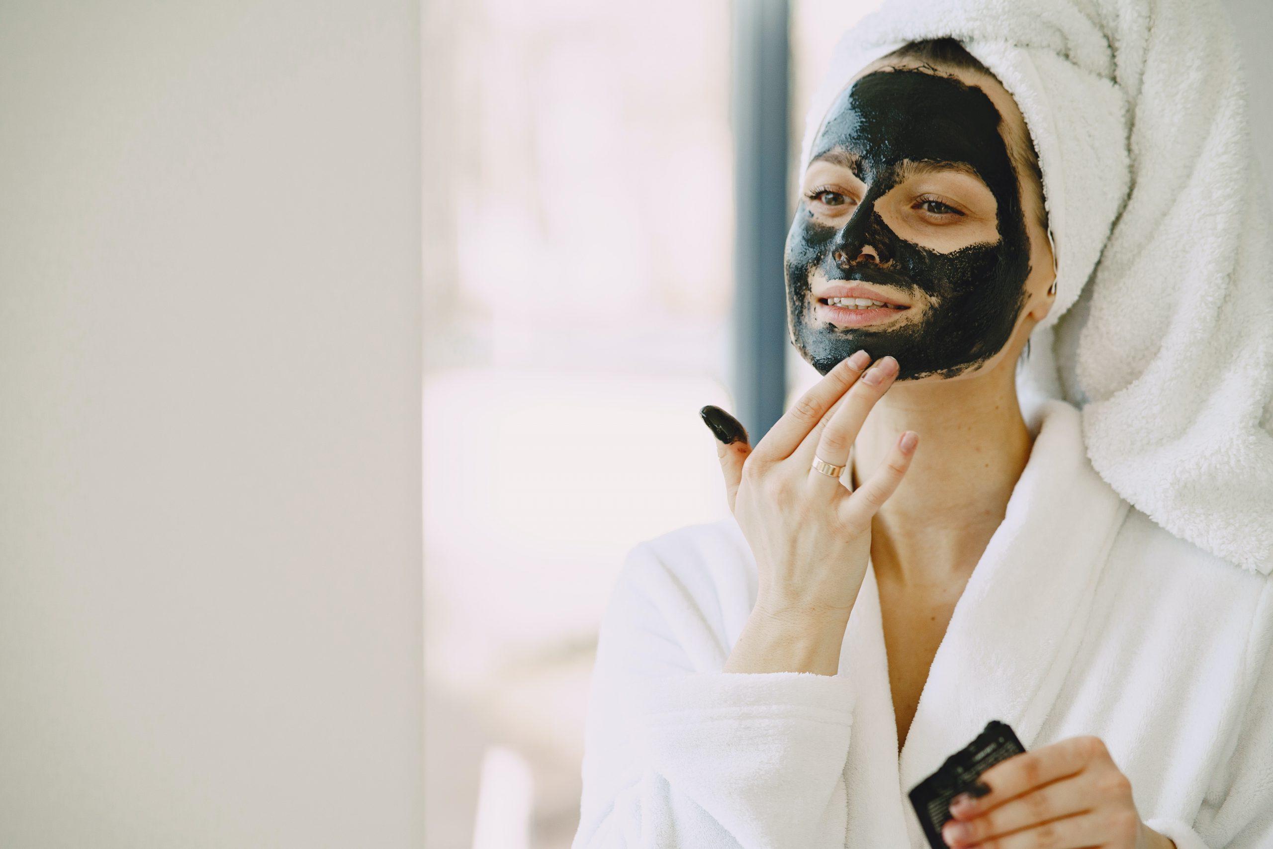 Beneficios de la mascarilla de carbón activado